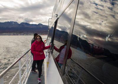 Navegacion-canal-beagle-Tolkeyen-patagonia-turismo-4