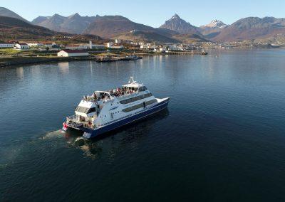 Navegacion-canal-beagle-Tolkeyen-patagonia-turismo-9-2